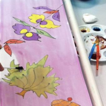 Daily life: Try a Scarf Painting Class